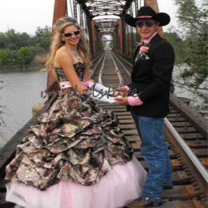 Hippie Camo Wedding Dresses Country Strapless Taffate Pink Boho Wedding Dresses 2021 Lace Up Pleated Cowgilrs Garden Medieval Bridal Gowns