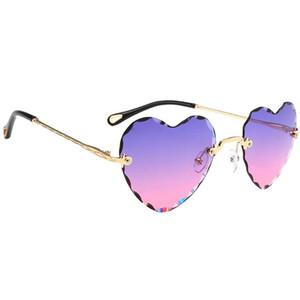 Kadın Kalp Şeklinde Güneş gözlüğü İnce Metal Çerçeve UV Koruma Güneş Gözlükleri