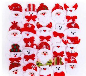 Christmas Gift LED Glowing Santa Snowman Deer Bear Glow Flashing Cartoon Brooch Badge Toy Christmas Luminous Decoration SN4729