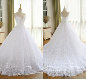 White V-neck Princess Wedding Dresses 2021 Lace Crystal Applique Beaded Lace-up Wedding Party Reception Bridal Gowns Plus Size Custom Made