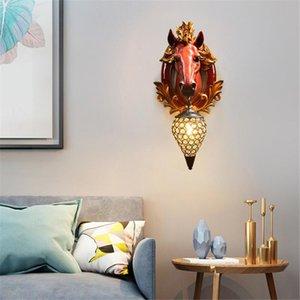 Настенный светильник Nordic Спальня Гостиная Дом отдыха Декор Тумба Свет Настенный светильник Свет лампы Светильники Лаки лошади Смола Современные AC