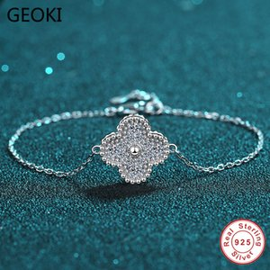 Geoki passou o teste de diamante 0,42 CT Perfeito Cut Moissanite Clover Bracelet 925 Sterling Silver D Diamante Cor Pulseiras Jóias