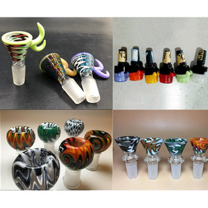8 Style Colorful Glass Bowl 14mm 18mm Male Joint Wig Wag Colored Smoking Bong Bowls for Bongs Hookahs Water Pipes Dab Oil Rigs