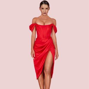 Женщины Sexy Красного плеча с коротким рукавом Over Knee морщинистой щелевой Bodycon платье мода платье партии