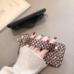 Fashion Sequin Glitter Fish Scale Stand Holder Wrist Strap Phone Case for IPhone 11 Pro MAX X XR XSMAX 6 7 8 Plus SE2020