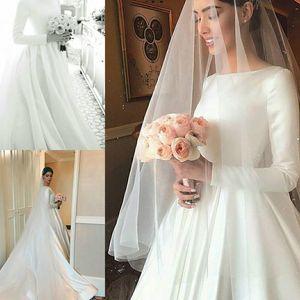 2021 Cheap Plain Designed Satin Wedding Dresses Modest Long Sleeve Beteau Neckline Court Train Bridal Gowns Formal Robe de mariage