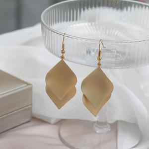 Minimalist hand-made jewelry personality beautiful leaf combination earrings temperament wild geometric ear clips