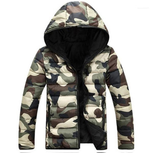 Camuflaje colorida del diseñador para hombre con capucha abrigos invierno gruesa de manga larga para hombre Prendas dos caras masculino de Down
