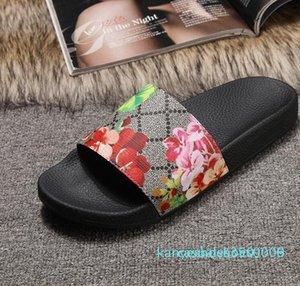 Avec Box 2018 Diapositives été de luxe de sandales de plage intérieur plat G chaussons Maison tongs avec Spike sandale K06