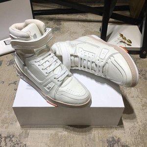 Mode Hommes Chaussures Bottes Footwears ETUI Type de mode Chaussures pour Hommes Entraîneur Sneaker Boot Casual Luxury Zapatos De Hombre Mens
