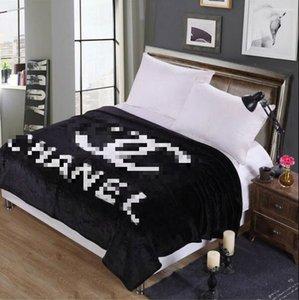 Nova moda confortável cobertor macio Nordic flanela pano Ar Condicionado lazer Viagens sofá do escritório Blanket 51 * 59 polegadas