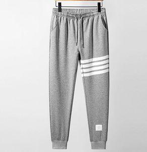 패션 새로운 남성 등반 졸라 매는 끈 바지 스웨트 팬츠 야외 교육 코튼 니트 팀 레저 댄스 바지 크기 M-4XL