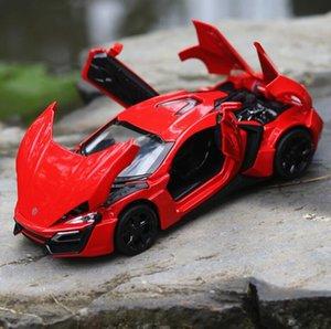 1/32 Diecasts Véhicules jouets Fast and Furious Lykan modèle avec Soundlight Collection Jouets voiture pour enfants garçon cadeau