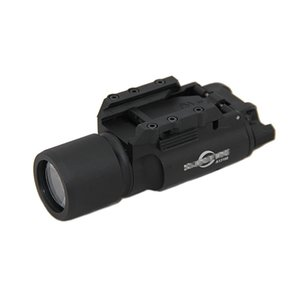 Taktik SF X300 Ultra Yüksek Çıkışı LED Gun Işık Alüminyum Alaşım İnşaat Siyah