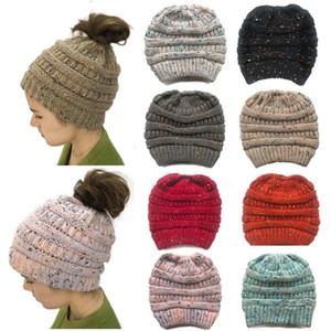 2020 venda quente novo estilo de rabo de cavalo chapéu de malha de lã blusas Linha damas chapéu de inverno cap quente chapéus de festa T9I00616