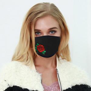Мода Маска для женщин 2020 Популярных Вышитой ткань Face Mask пыленепроницаемого Anti-спрейте моющиеся многоразовые Дизайнерские маски