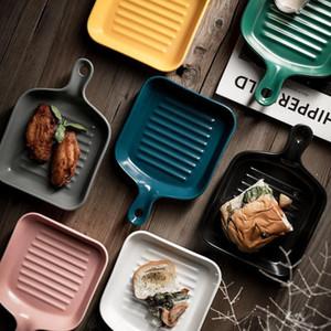 Assiette de plaque en céramique nordique avec poignée Dîner en céramique Sous-vitrés Vaisselle Creative Dessert Plateau Pour vaisselle Four de cuisson DHD1023