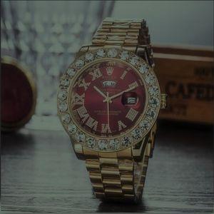 Em armazém Hot Sale Homens Homens Mulheres mulheres Diamonds Casais Desginer Relógios Os amantes das belas clássico Movimento automático senhora Relógios de pulso