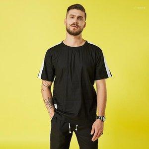 Tamanho Mens Designer Tshirts Fashion Designer roupa de manga curta gola solta T-shirt dos homens T-shirt Mais