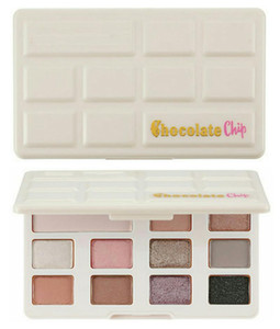 New Chocolate Chip Eye Shadow 11 colors Makeup Professional eyeshadow Palette White and Matte Makeup eyeshadow