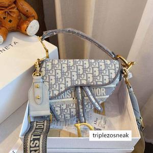 Mulheres na moda luxuosa da alforjes marca D Letter Bolsas Cruz Totes Corpo Bolsas de Ombro Knitting Female Fashion bn 206239L