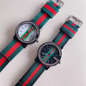 Мужской Кварцевые часы красочного нейлона нового алмаза часы мужчины женщина роскошь дизайнер часы дама платье женщина розовое золото наручных часы часов