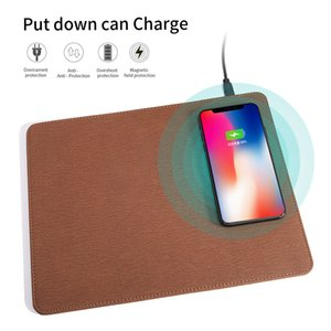 Mobile Phone Charger Qi Wireless Charging Leather Mouse Pad Mat PU Mousepad per iPhone X / 8 Inoltre Samsung S9 10 Plus / Nota 8