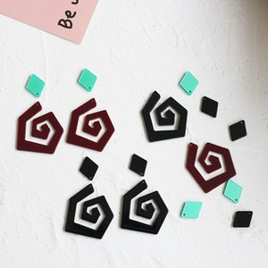 Geometric curve spiral acrylic earrings jewelry diy mobile phone case single hole mobile phone pendant pendant jewelry material (A18)