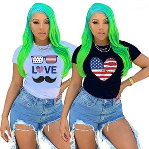 Тис Summer Star нашивки женщин Tshirts с коротким рукавом O шеи тонкий вскользь Женская Дизайнерская Тройники American Independence Day Black