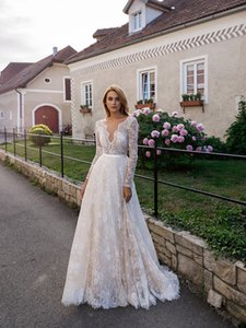 Elegant Nude Ivory Boho Lace Wedding Dresses A Line Full Sleeve V Neck Bohemia Bride Dress Sexy Backless Long Beach Bridal Gowns Vestidos