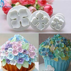 El moho 3pcs / Set Hydrangea la pasta de azúcar de la galleta torta que adorna el sugarcraft cortador del émbolo de la torta de la flor de Herramientas galleta del molde
