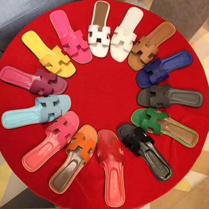 mujer clásica deslizadores de la mujer de lujo Playa del verano de dibujos animados principal grande deslizadores del cuero del diseñador zapatos planos Hotel Bath zapatillas de tamaño grande 41-42