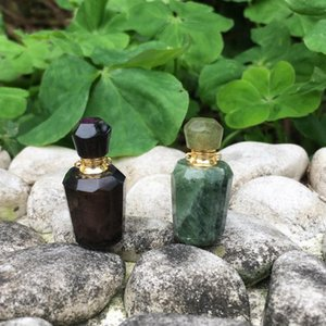Violet And Dark Green Crystal Necklace Translucent Bottle Cap Perfume Bottle pendant,Essential Oil Diffuser, gift necklace.