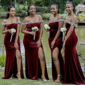 2021 damigelle abiti africani nigeriano fuori dalla spalla senza maniche in pizzo applique damigella d'onore Mermaid lungo Invitato a un matrimonio abito