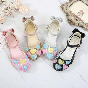 Crianças Cristal Sapatos bebê redondo Toe Mulheres High Heel Cinderella Princesa Desempenho Bombas Crianças Meninas Mary Janes Glitter Shoes Shoes UF69 #