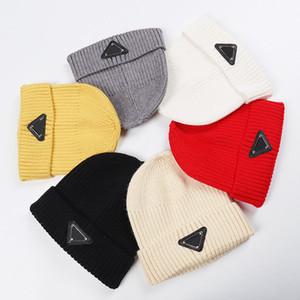 Adam Kadınlar Kafatası için Şapkalar Moda Beanie Kepçe Hat 10 Renk Opsiyonel kasketleri Casquette Caps