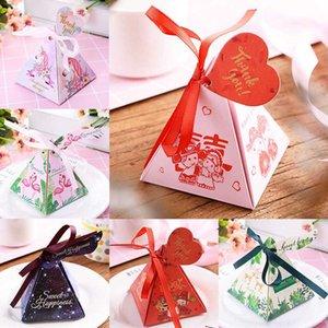 5PCS / Seti Flamingo Sıcak Yeni Şeker Kutusu Hediye Kutusu Kağıt ile Kurdele Festivali Düğün Favor doğum günü partisi Moda Triangle Malzemeleri