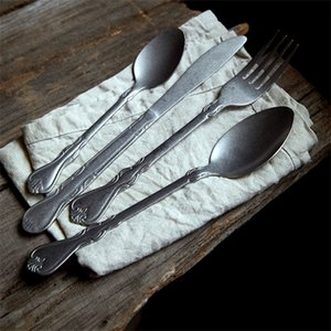 4PCS Dinnerware Set Retro Cutlery 304 Stainless Steel Knife Fork Dessert Spoon Kitchen Tableware Steak Fruit Flatware Silverware X0924