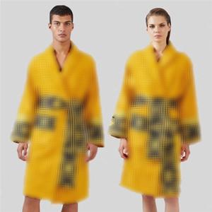타이드 브랜드 목욕 가운 여성 남성 로브 남여 수면 로브 클래식 인쇄 잠옷 가운 고품질 목욕 가운 도매
