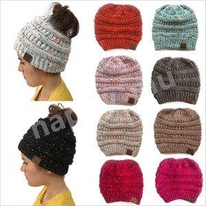 Frauen CC Ponytail Caps CC Strickmütze Fashion Mädchen-Winter-warmer Hut Zurück Loch-Pony-Endstück Herbst beiläufige Beanies DHL