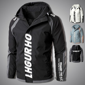 New Men Windbreaker Jacket 2020 Fashion Zipper Hooded Cargo Jackets Mens Letter Print Hip Hop Coat Outerwear Clothing