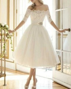 A-Line Wedding Dresses Off Shoulder Knee Length Lace Tulle Half Sleeve Country Vintage Plus Size with Lace Appliques