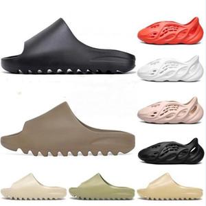 2021 Billig Billig Foam Runner Clog Sandal Triple Black Slide Mode Slipper Frauen Herren Tainers Designer Strand Sandalen Slip-On-Schuhe
