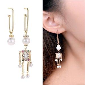 2020 European brand design fashion puppet robot earrings jewelry temperament personality women asymmetrical pearl villain earrings gift