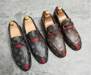 2020 hombre del diseñador italiano nueva venta de zapatos de vestir de los hombres de lujo zapatos mocasines para hombre Doug punta punto vestido de zapatos zapatos casuales 38-46