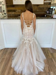 Romantic Open Back Mermaid Wedding Dress Spaghetti Scoop Neck Lace-up Sweep Train Wedding Gowns Tulle Appliques Bride Dresses Custom Made