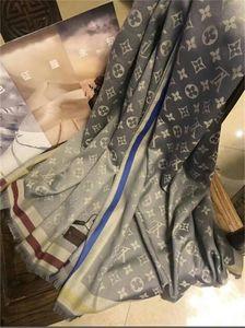 2020 Designer Sciarpa di seta calda di vendita superiore famoso marchio di qualità con sciarpe modello marchio di moda le donne Scialle Dimensioni 180x70cm il trasporto libero
