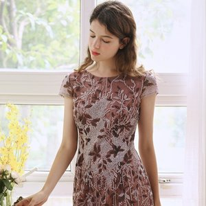 vestido de gran tamaño de la moda 2020 nueva Put madre mama de las mujeres maduras 2DbZp puso adelgazar falda elegante mesh bordado ropa de mamá