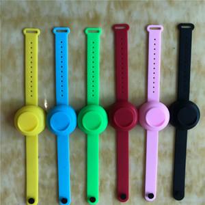 A mano in silicone Hand Sanitizer del braccialetto del polso del gel Sanitiser alcool degerminazione Wristband Dispensing portatile indossabile Sanitizer nuovi F92101
