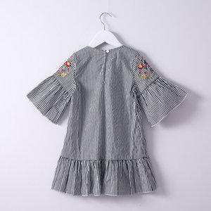 Excelent Clearance New summer babys Dress Toddler Kids Baby Girls Clothes Embroidery Stripe Party Pageant Princess Dress Z0207